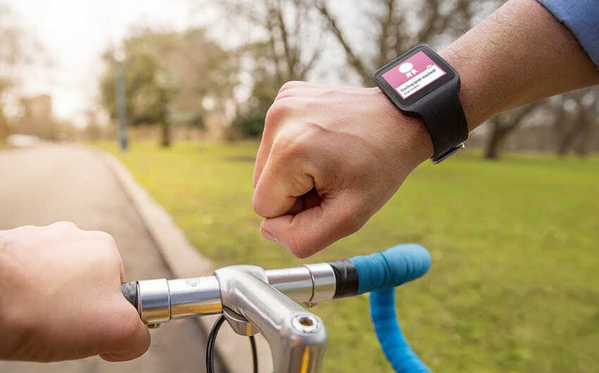 I migliori smartwatch per il ciclismo: come scegliere il wearable giusto per la tua corsa in bici